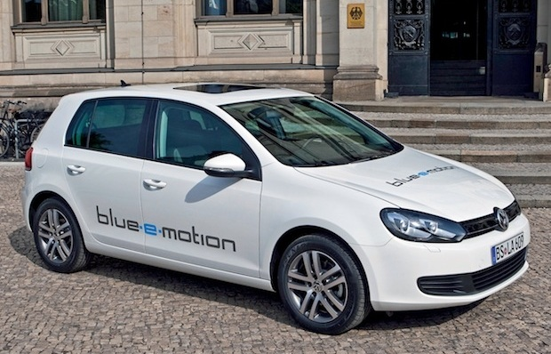 Plug In Hybrid Volkswagen Golf Expected In 2015 Lacarguy