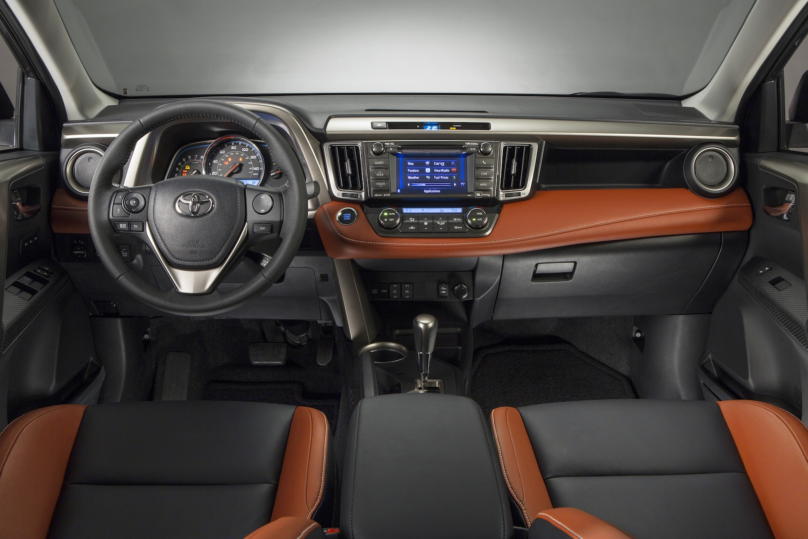 2013 RAV4 Limited_110 copy