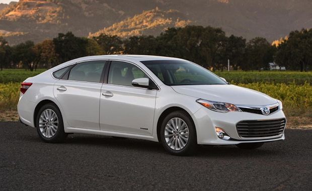2013-Toyota-Avalon-Hybrid