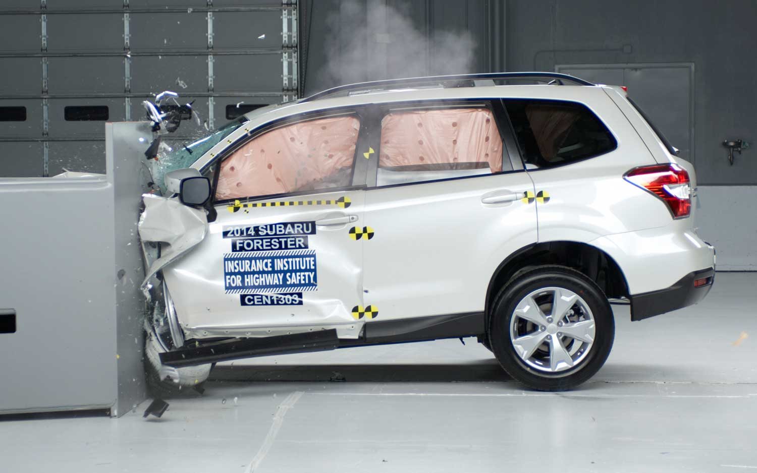 2014-subaru-forester-crash-test